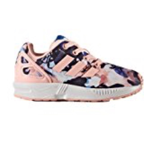brand new 31f8b 64863 Girls adidas Originals Zx Flux Pink Floral Size 9